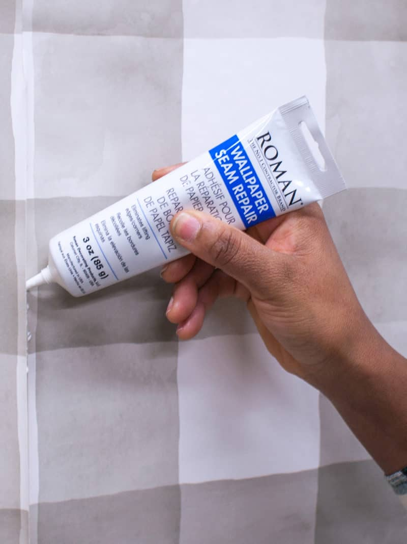 Wallpaper-Seam-Repair-Adhesive